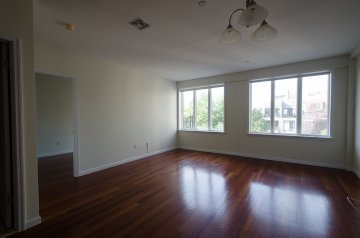 Large one Bedroom in Williamsburg
