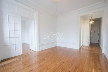 Sunny Windsor Terrace  2 Bedroom CoOp Apartment Views of Prospect Park For Rent - (Sponsor Unit)