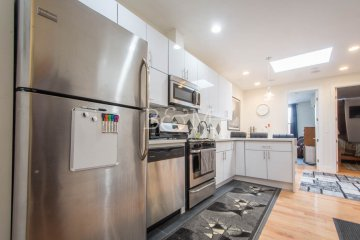 NO BROKER FEE Modern Renovated Greenpoint 3 Bedroom, 2 Bathroom Apartment w/Stainless Appliances Washer Dryer